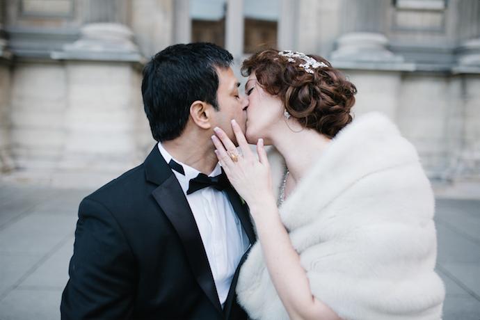 baiser-des-maries-ceremonie-mariage-laique
