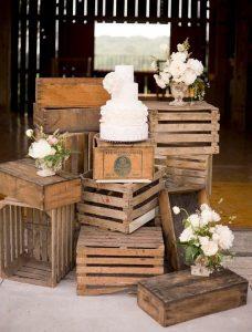 decoration-mariage-caisses-bois-nature